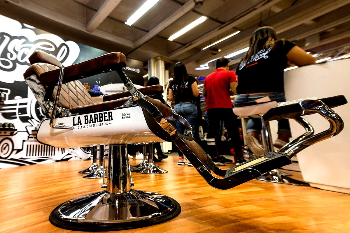 Sillas para barbería en Bogotá